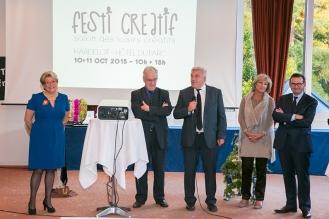 Monsieur Cuvillier maire de Boulogne sur mer salue la créativité du salon